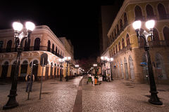 著名11月15日走道在晚上 免版税图库摄影