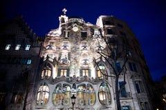 著名头骨阳台在巴塞罗那 免版税图库摄影