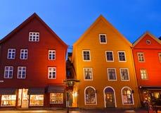 著名Bryggen街道在卑尔根-挪威 免版税库存照片