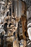 著名Cango的特写镜头在Oudtshoorn,一点南部非洲的干旱台地高原陷下在南非 免版税库存图片