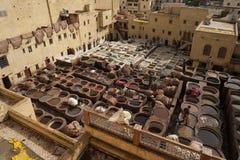 著名Chouara皮革厂在菲斯麦地那  皮革皮革厂追溯到11世纪广告 麦地那是最旧的w 库存照片