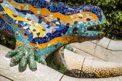 著名Gaudi蜥蜴在公园Guell,巴塞罗那,西班牙 库存图片