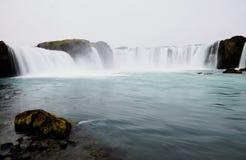 著名Godafoss瀑布在冰岛 免版税库存照片