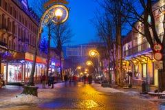 著名Krupowki街道在冬时的扎科帕内 图库摄影