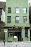 著名Laduree面包店和茶室在伦敦苏豪区在纽约 免版税库存图片