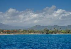 著名Poipu海滩看法在考艾岛的 库存图片