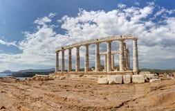 著名Poseidon寺庙的全景, Sounio, Gr 图库摄影