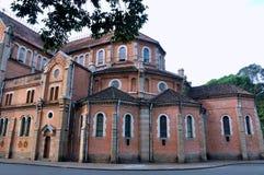 著名Saigon教会,越南结构  免版税库存照片