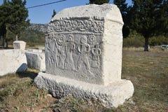 著名stecci在Radimlja中世纪大墓地 免版税库存照片