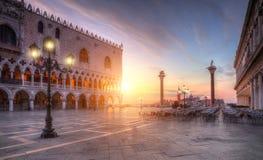 著名stMarco正方形在威尼斯,意大利 免版税库存图片