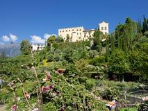 著名Trauttmansdorff城堡在梅拉诺,意大利 库存图片