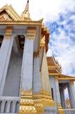 著名Wat Traimit,佛教寺庙 免版税库存照片