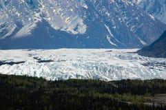 从葛伦高速公路的Matanuska冰川在阿拉斯加 库存照片