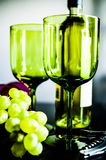 葡萄和酒杯 库存图片