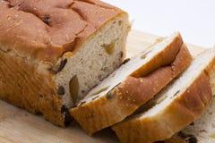 葡萄干面包 免版税库存图片