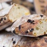 葡萄干面包 免版税图库摄影