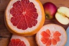 葡萄柚,橙色柠檬 库存照片