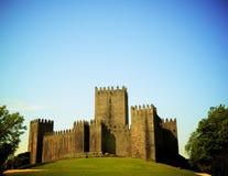 葡萄牙人吉马朗伊什城堡 免版税库存图片