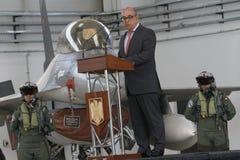 葡萄牙国防部长何塞阿尔贝托Azeredo大步慢跑 免版税库存图片