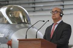 葡萄牙国防部长何塞阿尔贝托Azeredo大步慢跑 图库摄影