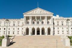葡萄牙议会的正面图, StBenedict宫殿  图库摄影