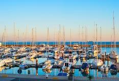 葡萄牙豪华小游艇船坞 卡斯卡伊斯 库存照片
