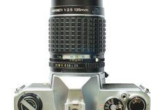 葡萄酒与远摄镜头的slr照相机 免版税库存照片