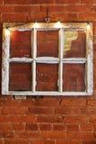 葡萄酒六单块玻璃窗口 免版税库存图片