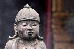 葡萄酒具体雕象在Wat柴Mongkon -佛教寺庙, 免版税库存图片