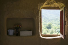 葡萄酒内部室农村生活在伊朗 免版税库存照片