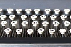 葡萄酒卡箍标记制造商的键盘 免版税库存图片