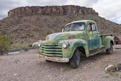 葡萄酒卡车在亚利桑那 免版税库存图片