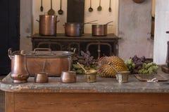 葡萄酒厨房内部 免版税库存图片