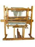葡萄酒古老木织布机被隔绝在白色 免版税库存图片