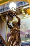 葡萄酒古色古香的灯具得梅因衣阿华国会大厦 库存照片