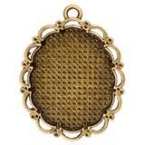 葡萄酒古铜色垂饰 免版税库存照片