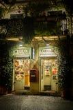 葡萄酒商店在罗马 免版税库存照片
