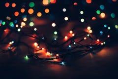 葡萄酒在黑背景的圣诞节灯笼 免版税库存照片