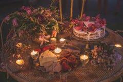 葡萄酒婚礼设定 免版税库存照片