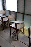葡萄酒学校椅子 免版税库存照片