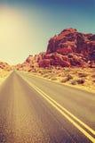 葡萄酒定了调子沙漠高速公路,旅行概念,美国 免版税图库摄影