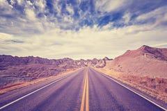 葡萄酒定了调子风景沙漠高速公路,旅行概念,美国 库存图片
