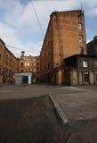 葡萄酒工业红砖大厦在老欧洲城市的工业区 库存图片