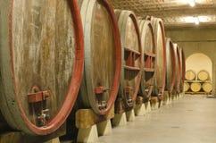 葡萄酒库在普罗旺斯 免版税库存图片