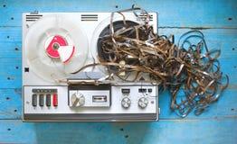 葡萄酒开盘式的录音机 免版税库存图片