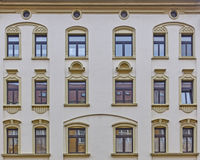 葡萄酒房子门面窗口样式 免版税图库摄影