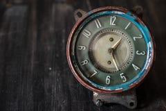 葡萄酒手表 变老的时钟 免版税库存照片