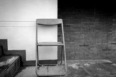 葡萄酒折叠椅 免版税库存照片