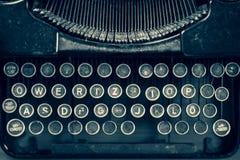 葡萄酒控制台打字机键盘用德语 库存照片