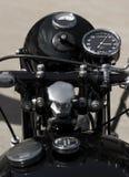 葡萄酒摩托车 库存照片
